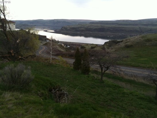 9278 Hwy 14 , Wishram, WA - USA (photo 1)
