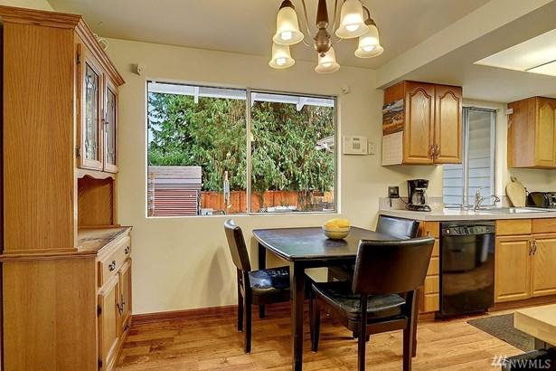 4712 237th Place Sw , Mountlake Terrace, WA - USA (photo 5)