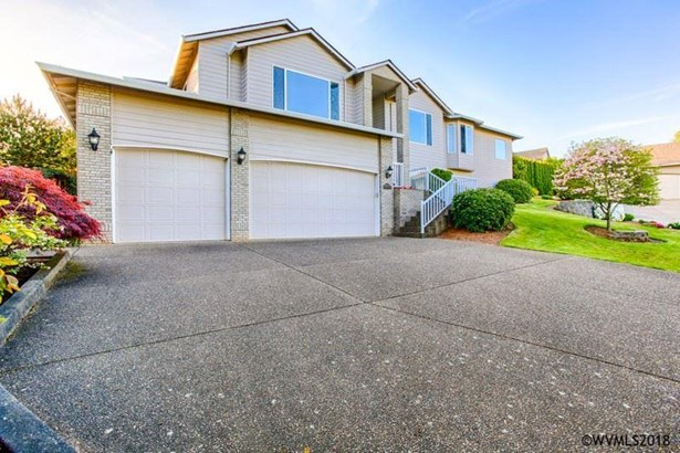 1741 Chapman Hill Dr Nw , Salem, OR - USA (photo 2)