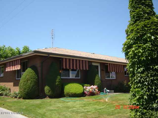 224 N 38th Ave , Yakima, WA - USA (photo 1)