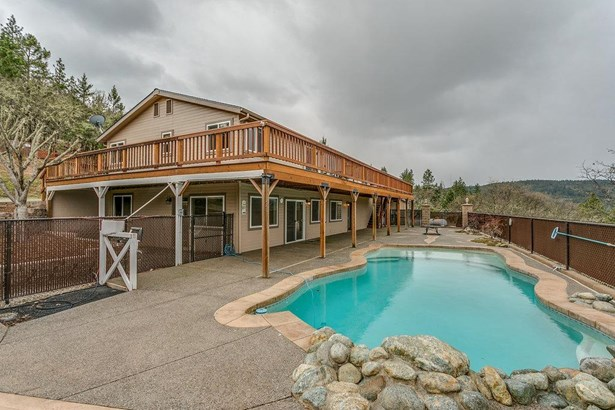 250 Andesite Dr , Jacksonville, OR - USA (photo 4)