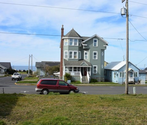 Lot 4 (south Half Tl6600) Nw Coast St , Newport, OR - USA (photo 1)