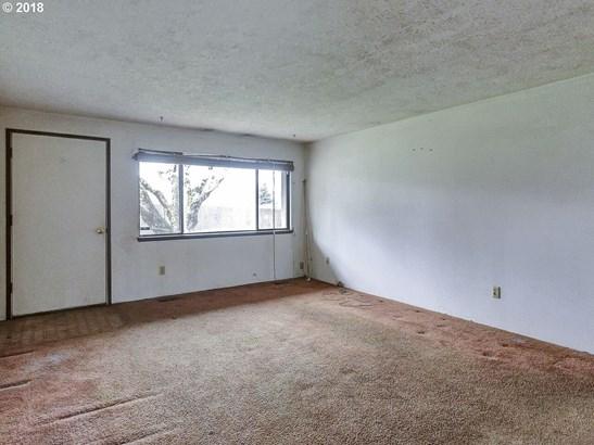 2250 Se 170th Ave , Portland, OR - USA (photo 4)