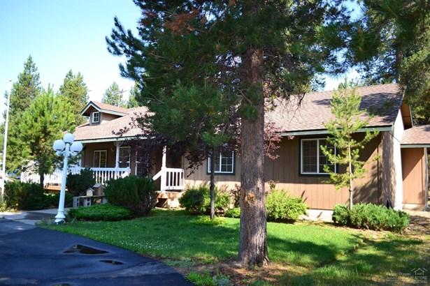 15864 Woodchip Lane , La Pine, OR - USA (photo 3)