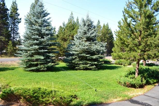 15864 Woodchip Lane , La Pine, OR - USA (photo 4)