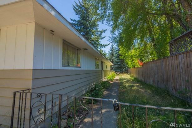 230 Pelton Ave , Easton, WA - USA (photo 4)