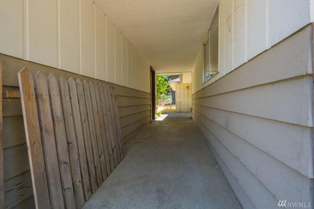 230 Pelton Ave , Easton, WA - USA (photo 5)
