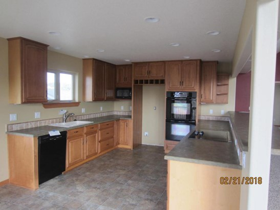 718 Nw Oceania Dr , Waldport, OR - USA (photo 4)