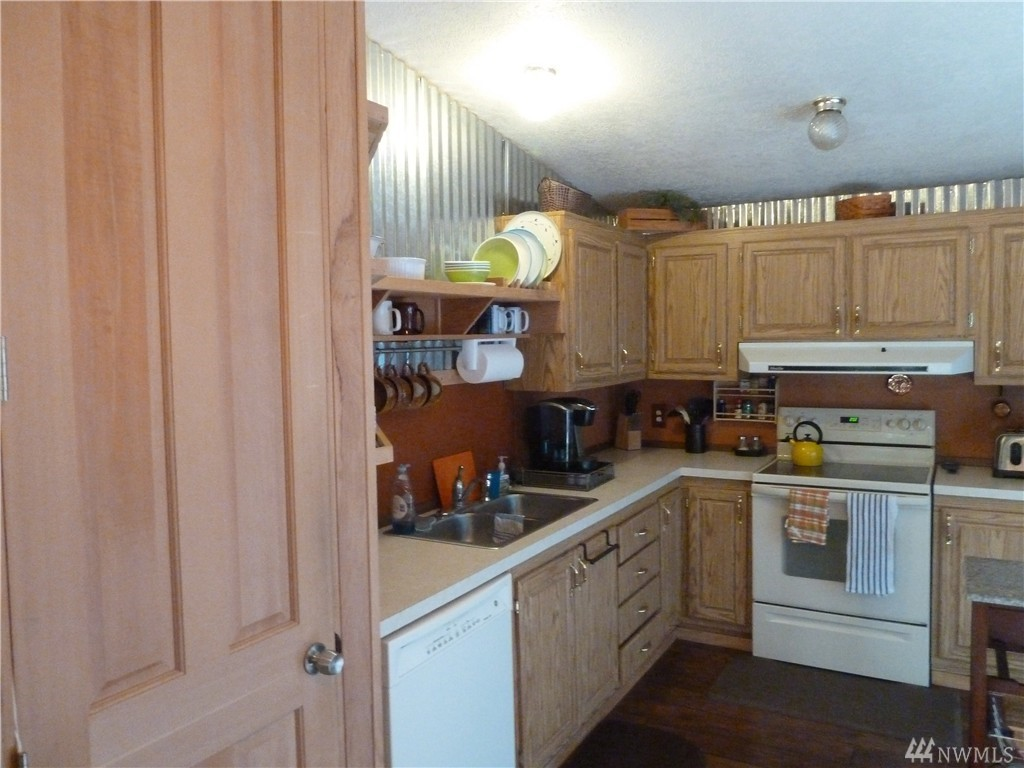 351 N Duckabush Dr W , Hoodsport, WA - USA (photo 3)
