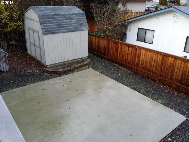 1936 Nw Sunberry Dr , Roseburg, OR - USA (photo 5)