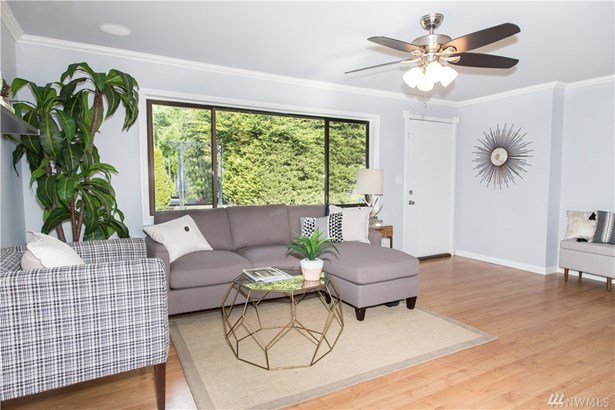 22301 54th Ave W , Mountlake Terrace, WA - USA (photo 3)