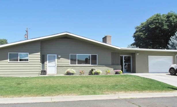 3415 Gregory Ave , Yakima, WA - USA (photo 1)