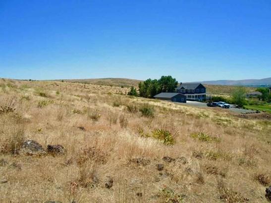 Nka Majesty Heights Dr , Yakima, WA - USA (photo 3)