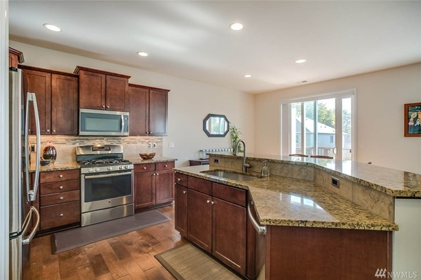 16323 Se 139th Place , Renton, WA - USA (photo 5)