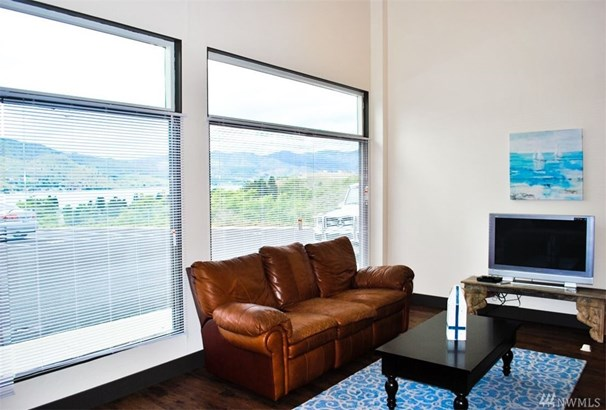 726 N Markeson St , Chelan, WA - USA (photo 4)