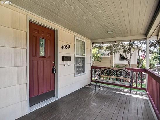 4050 Se 64th Ave , Portland, OR - USA (photo 2)