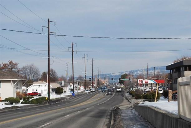 526 S Sullivan Rd , Spokane Valley, WA - USA (photo 4)