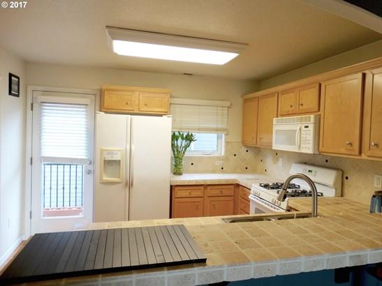 17165 Sw Baseline Rd , Beaverton, OR - USA (photo 5)