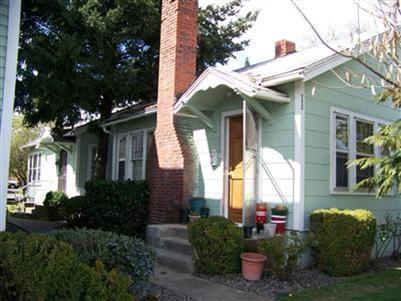 221 N Holly St , Medford, OR - USA (photo 2)