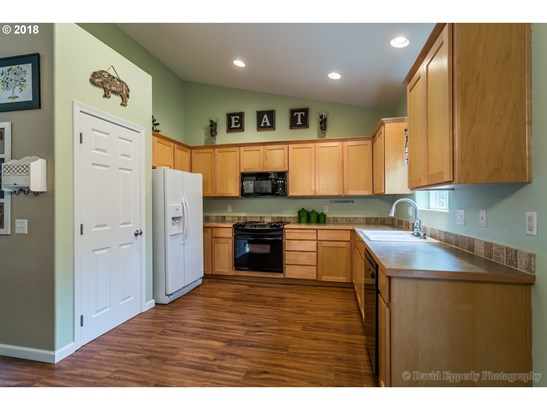 35405 Oakwood Dr , St. Helens, OR - USA (photo 5)