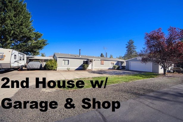 4640 Scenic Ave , Central Point, OR - USA (photo 4)
