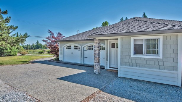 3015 Beall Ln , Central Point, OR - USA (photo 2)
