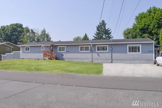 2906 Ne 7th St , Renton, WA - USA (photo 1)