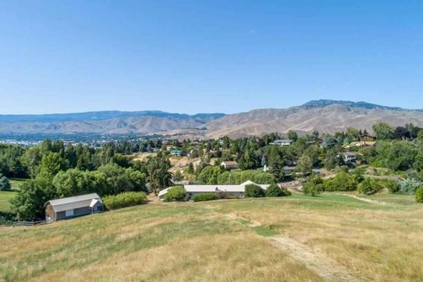 3613 Mcmullan , Wenatchee, WA - USA (photo 2)