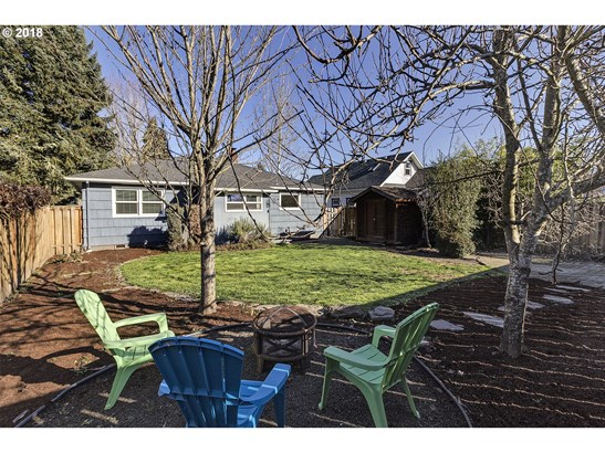 2418 16th Ave , Forest Grove, OR - USA (photo 2)