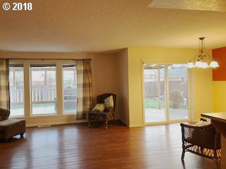 33322 Sequoia St , Scappoose, OR - USA (photo 3)