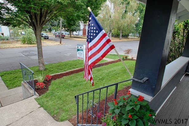 1090 Winter St Ne , Salem, OR - USA (photo 4)