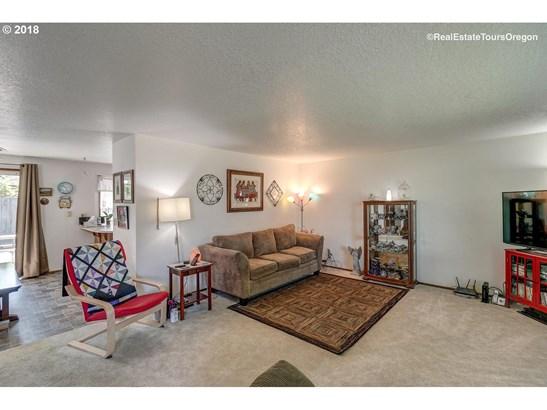 2174 Se 55th Ave , Hillsboro, OR - USA (photo 4)