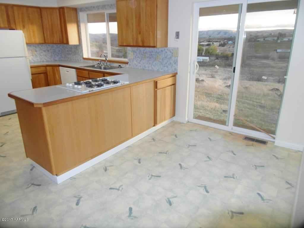 10804 Summitview Ave , Yakima, WA - USA (photo 5)