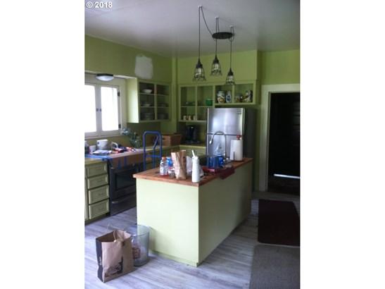 25452 Gray Rd , Veneta, OR - USA (photo 3)
