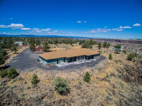 14701 Southwest Outlook Pl , Terrebonne, OR - USA (photo 5)