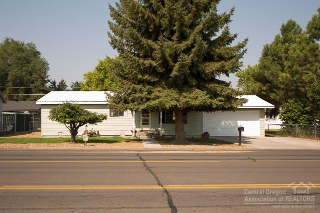 727 Northwest Deer St , Prineville, OR - USA (photo 2)