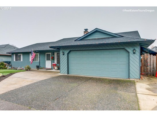 702 Willamina Ave , Forest Grove, OR - USA (photo 3)
