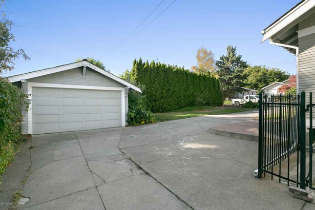 2012 Tieton Dr , Yakima, WA - USA (photo 4)