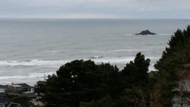 Lot 21 Ne Port Dr , Lincoln City, OR - USA (photo 2)