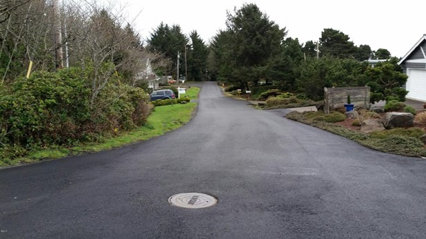 Lot 21 Ne Port Dr , Lincoln City, OR - USA (photo 5)