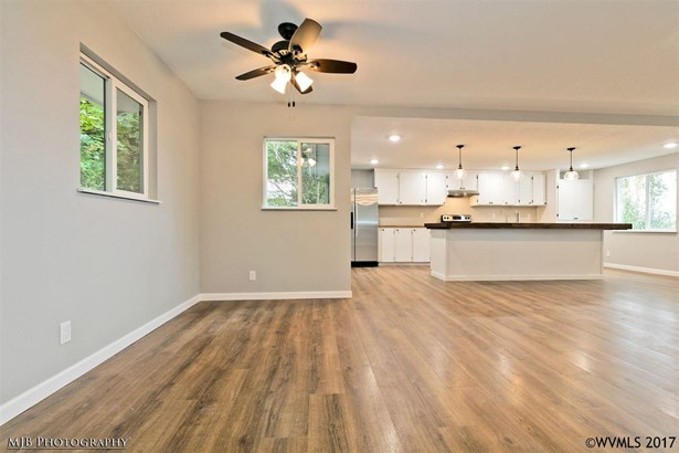 3077 Wallace Rd Nw , Salem, OR - USA (photo 3)