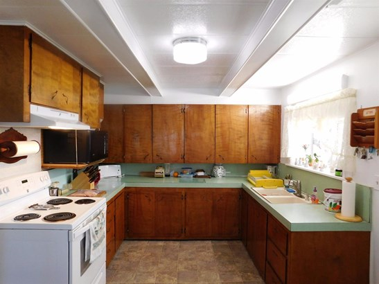 1756 Dowell Rd , Grants Pass, OR - USA (photo 3)