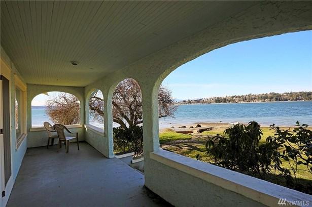 3338 Beach Dr E , Port Orchard, WA - USA (photo 1)