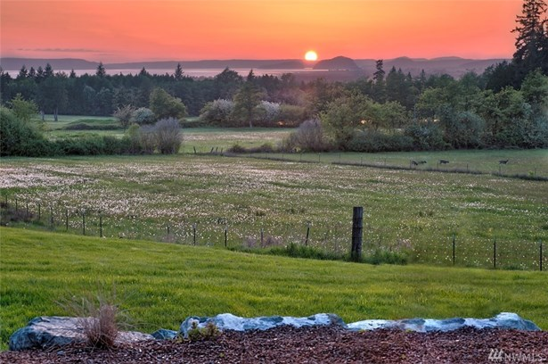 19381 County Line Rd , Stanwood, WA - USA (photo 2)