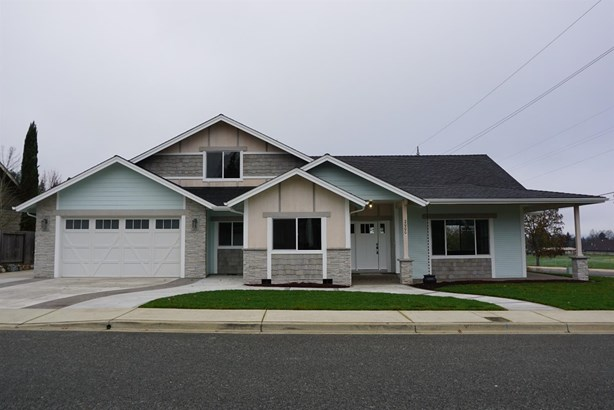 2000 Se Marlen Dr , Grants Pass, OR - USA (photo 1)