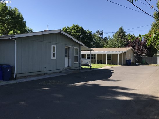 13423 Se Bush St , Portland, OR - USA (photo 3)