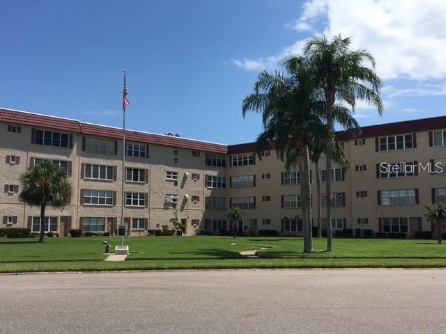 Condominium, Florida - ST PETERSBURG, FL