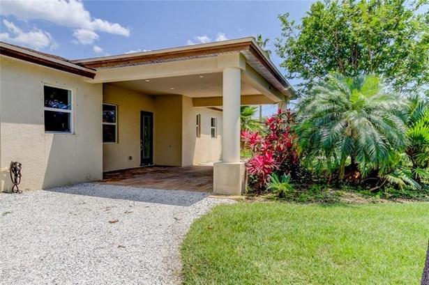 Single Family Residence, Contemporary,Traditional - REDINGTON BEACH, FL