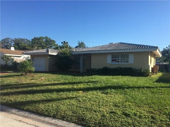 Single Family Home - BELLEAIR BLUFFS, FL (photo 1)