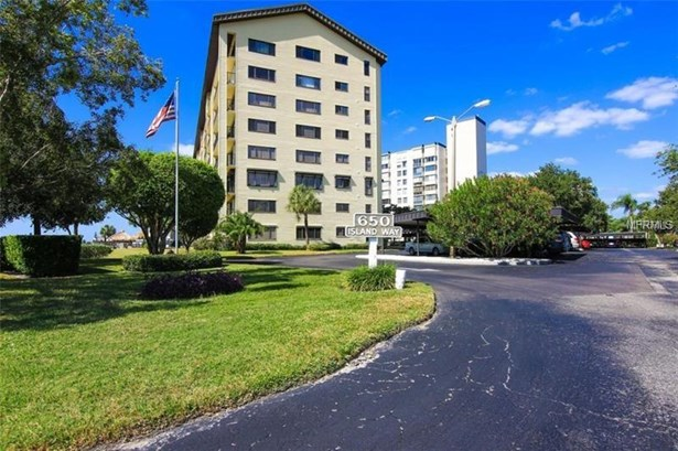 Condominium, Florida - CLEARWATER BEACH, FL (photo 1)